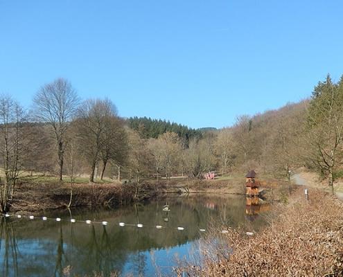 Heilbachsee mit Piratenschiff und Aussichtsturm
